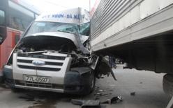 Tin giao thông ngày 27/11: Hung thần ô tô khách phóng nhanh vượt ẩu