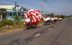 Rước dâu bằng xe máy kéo ở Trà Vinh gây sốt cộng đồng mạng