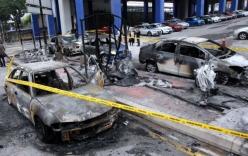 """Đốt cháy 6 xe ôtô để """"dằn mặt"""" người tình của vợ"""