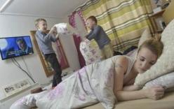 Kỳ lạ, người mẹ sinh con trong lúc ngủ
