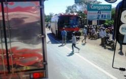 Tin giao thông ngày 30/12: Tông chết 2 người, tài xế xe khách bỏ trốn
