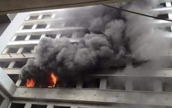 Cháy lớn ngày đầu năm tại công trình Bệnh viện Nhiệt đới