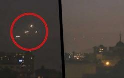 Xuất hiện 2 cặp vật thể lạ song sinh trên bầu trời Chile