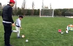 Video: C.Ronaldo tập sút phạt cho