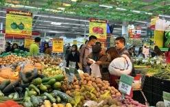 Đợt rét lịch sử người dân thủ đô xếp hàng chờ mua rau thịt