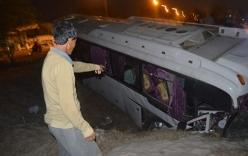Tin giao thông ngày 27/1:  Nguyên nhân vụ lật xe ô tô, 36 người thương vong