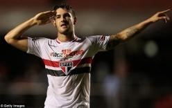 Đến Chelsea, Pato nhận mức lương kém rất nhiều so với Falcao