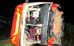 Xe chở khách về quê ăn Tết gặp tai nạn, gần 40 người bị thương