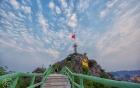 Lạng Sơn: Cột cờ Phai Vệ và chuyện ý thức du khách