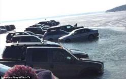 Video: Nứt băng, 20 chiếc xe ô tô bị nuốt chửng xuống hồ