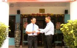 Khen thưởng tài xế taxi 2 lần trả lại tài sản cho khách