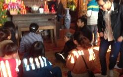 Hải Dương: Dòng người chen chúc xin xăm đầu năm tại lễ hội chùa Bạch Hào