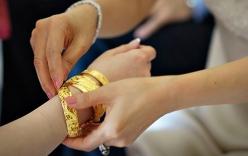 Tiền Giang: Đại gia tặng 300 chỉ vàng cho nhân viên