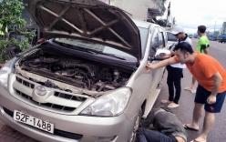 Xế sang ca sĩ Akira Phan gặp tai nạn, một người nhập viện