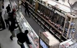 Video: Dàn cảnh trộm vũ khí táo hơn hơn phim hành động