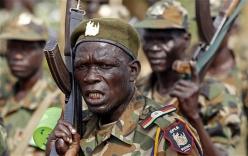 Nam Sudan trả lương dân quân bằng