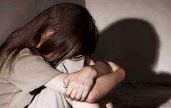Ông lão bị tố hại đời bé gái 14 tuổi đến có thai