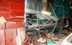 TP.HCM: Sập hàng trăm mâm giàn giáo làm 3 người thương vong