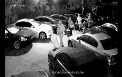 """10 tên cướp lấy loạt xe sang trong đêm """"lọt"""" camera"""