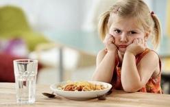 Trẻ biếng ăn phải làm sao, nguyên nhân và cách trị trẻ biếng ăn ?