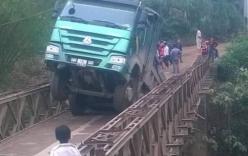 Yên Bái: Xe tải 30 tấn làm sập cầu tải trọng 8 tấn