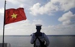 Giá dầu và vị thế của Việt Nam trong tranh chấp Biển Đông