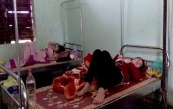 Quảng Bình: Hơn 20 người ngộ độc sau tiệc hải sản