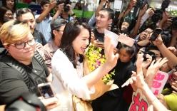 Hồ Hạnh Nhi bị fans vây kín ở sân bay Tân Sơn Nhất
