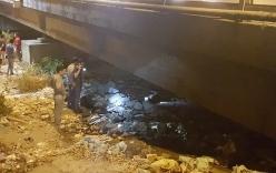 Nam thanh niên chết cháy dưới gầm cầu