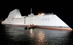 Video: Khu trục hạm mới nhất của Mỹ rẽ sóng trên biển