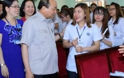 Thủ tướng Nguyễn Xuân Phúc căn dặn gì thầy trò ĐH Hải Phòng khi thăm trường?