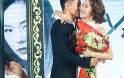 Quý Bình tình tứ hôn Minh Hằng trước mặt Lê Phương