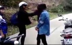 Nữ sinh Bắc Kạn đánh nhau hội đồng, tung clip lên Facebook