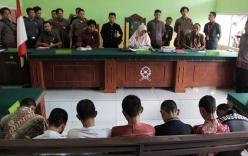 7 thiếu niên dàn trận hãm hiếp và giết hại bé gái 14 tuổi bị kết án 10 năm tù