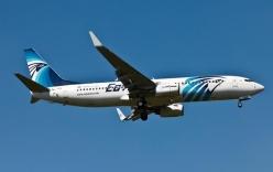 Video: Khoảnh khắc máy bay Ai Cập biến thành cầu lửa khổng lồ