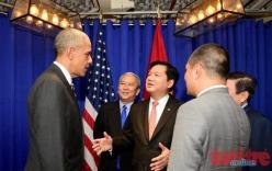 Bí thư Đinh La Thăng xuất hiện trong buổi gặp gỡ giữa Tổng thống Obama với các doanh nhân trẻ