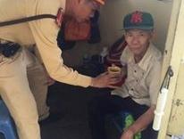 Hà Nội: Cụ ông bị lạc sau khi đi cùng con đến bệnh viện