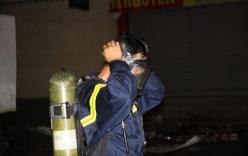 Cháy siêu thị ở Quảng trị: 100 cảnh sát