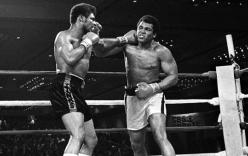 Huyền thoại đấm bốc thế giới Muhammad Ali qua đời ở tuổi 74