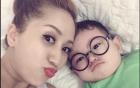 Facebook sao Việt: Khánh Thi nhí nhảnh tâm sự cùng con trai