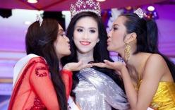 Hoa hậu nói tiếng Anh dở tệ mở lại facebook, xin lỗi khán giả