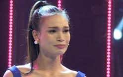 Thí sinh dân tộc khóc nức nở khi bị chất vấn trong Hoa hậu Việt Nam 2016