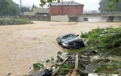 Lũ lụt lịch sử ở Mỹ, Obama ban bố tình trạng thảm họa