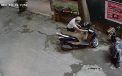 Video: Camera ghi hình thanh niên bẻ khóa xe Lead trong 3 giây ở Hà Nội