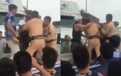 Cảnh sát lao vào cabin khống chế tài xế xe container gây tai nạn định bỏ trốn