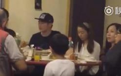 Clip: Lâm Tâm Như vui vẻ ăn tối cùng gia đình Hoắc Kiến Hoa