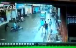 Lội trên đường ngập nước, 3 người bị điện giật tử vong