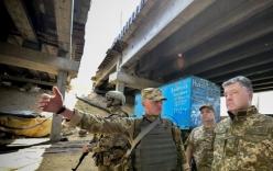 Tổng thống Ukraine lệnh cho quân đội gần Crimea sẵn sàng chiến đấu