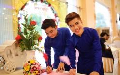 Chuyện tình cặp đôi đồng tính nam lệch nhau 21 tuổi ở Đồng Nai