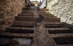Những ngôi mộ bậc thang đầy ám ảnh ở Syria
